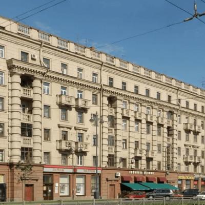 Серия Сталинских домов