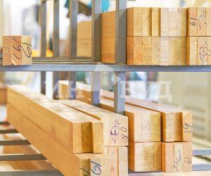 Фото производства деревянных евро окон от компании Инвуд