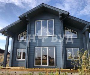 Остекление красивого дома из бруса окнами Инвуд