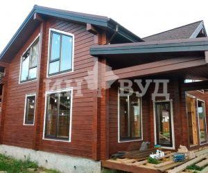 Завершены работы по остеклению двухэтажного дома