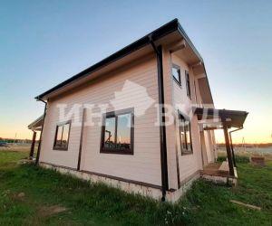 Производство и установка деревянных окон в доме из клееного бруса