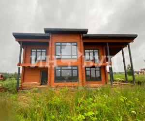 Остекление дома деревянными окнами из дуба