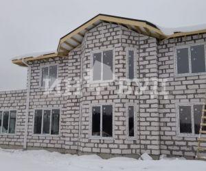 Полное остекление загородного дома пластиковыми окнами Рехау