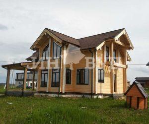 Завершены работы по остеклению дома из бруса