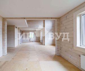 Большие окна в деревянном доме фото