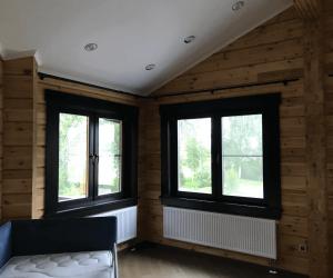 Остекление дома деревянными окнами