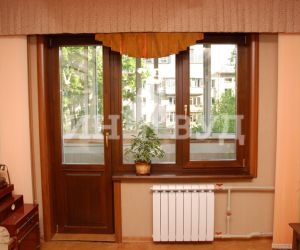 Деревянные окна на даче фото