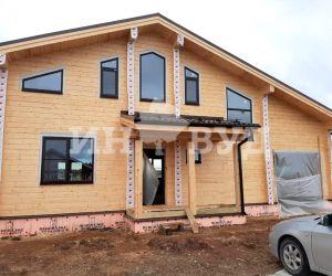 Установка окон в доме из клееного бруса в Московской области