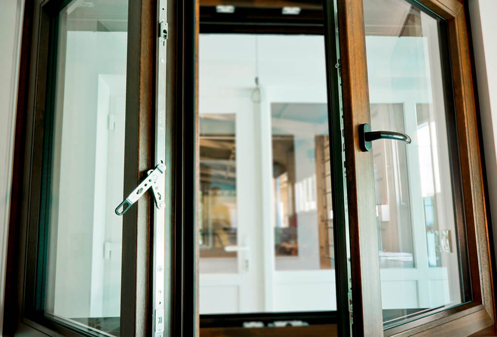 Штульповые пластиковые окна - фото, механизм, цены