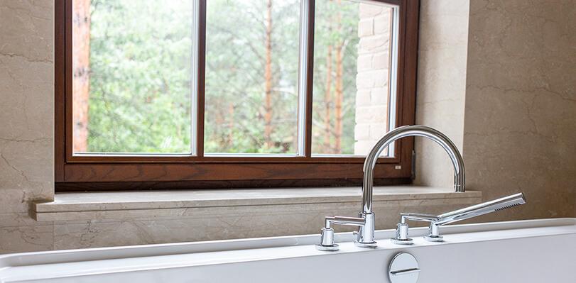 деревянные окна для ванной комнаты фото дизайн