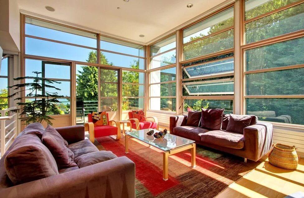 Пример панорамных окон в доме, шикарное исполнение.