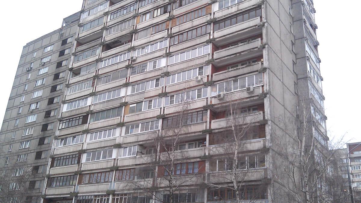 Дом серии ii-68-2 с большими лоджиями, холодное и теплое остекление. Окна ПВХ ИНВУД