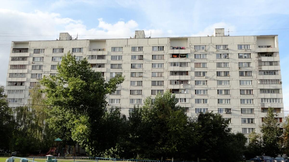 Фотография дома серии ii-68-3 с лоджиями и балконами ПВХ