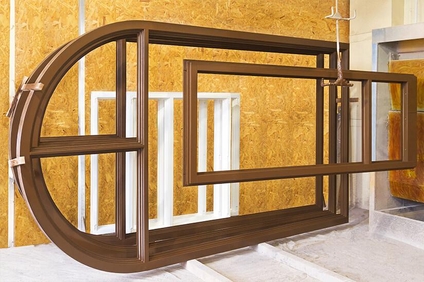 Изготовление окон разной формы и конструкции из дерева дуба, сосны, лиственницы или клееного бруса от ИНВУД Москва фото